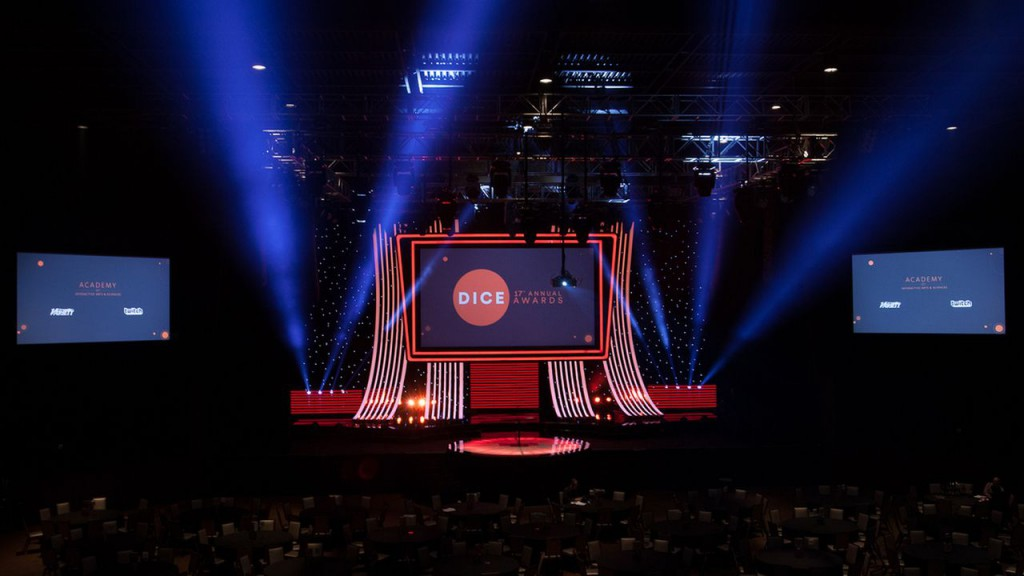 dice_awards_stage-1.0